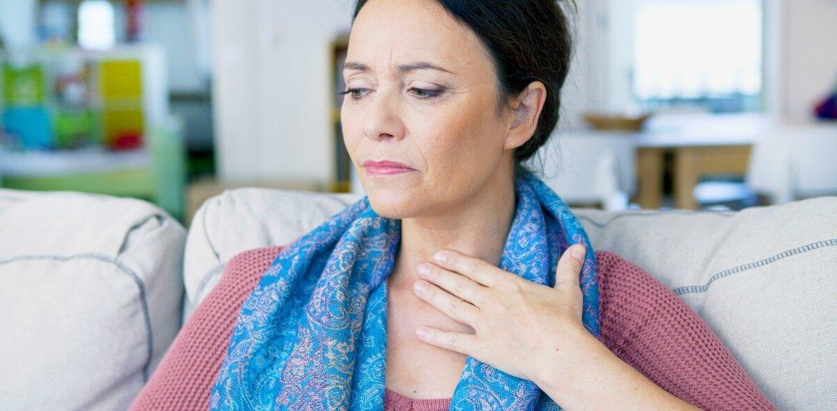 kehlkopfkrebs symptome die typischen anzeichen des. Black Bedroom Furniture Sets. Home Design Ideas